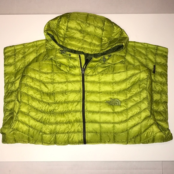 f3f87eae7 Men's XXL NorthFace Thermoball hoodie jacket.